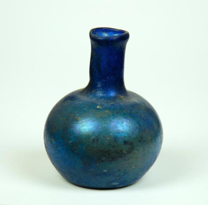 5r-small-blue-bottle